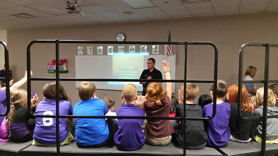 Chris_Niemeyer_presents_to_Nebraska_City_Second_Grade